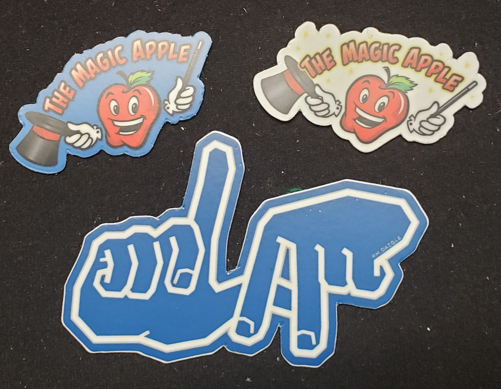 The Magic Apple STICKER SET (Los Angeles)
